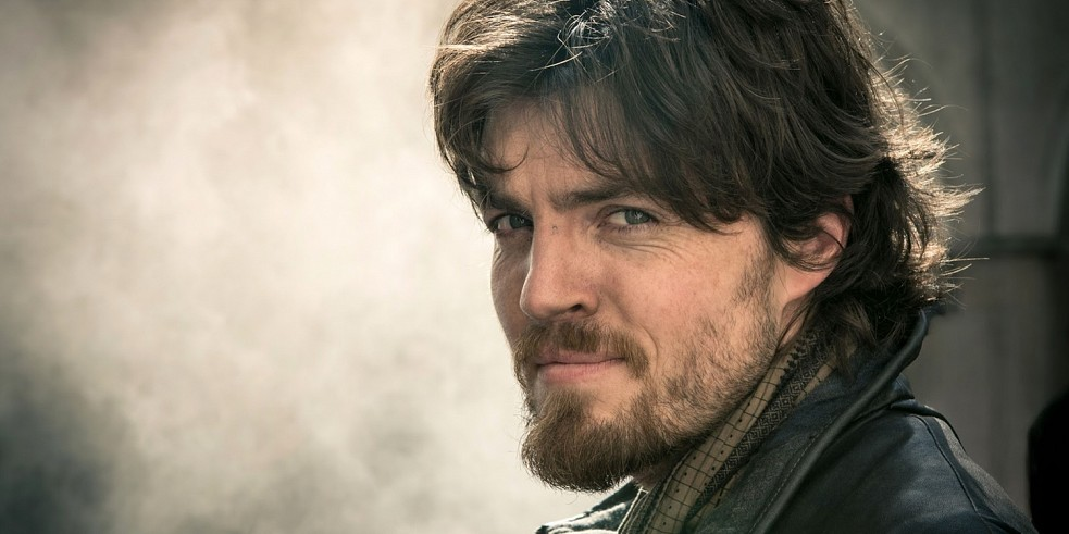 tom-burke-cormoran-strike-hbo