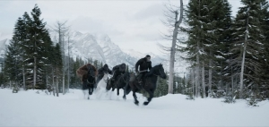 war-for-the-planet-of-the-apes-apes-on-horses