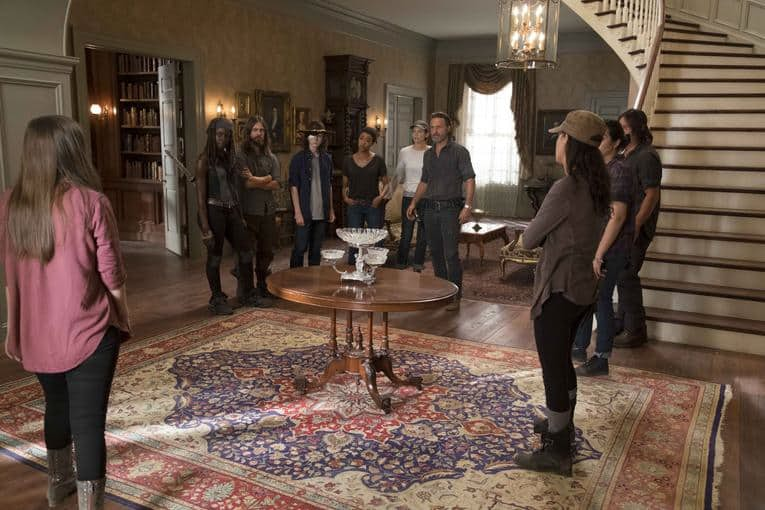 The-Walking-Dead-season-7-group-shot