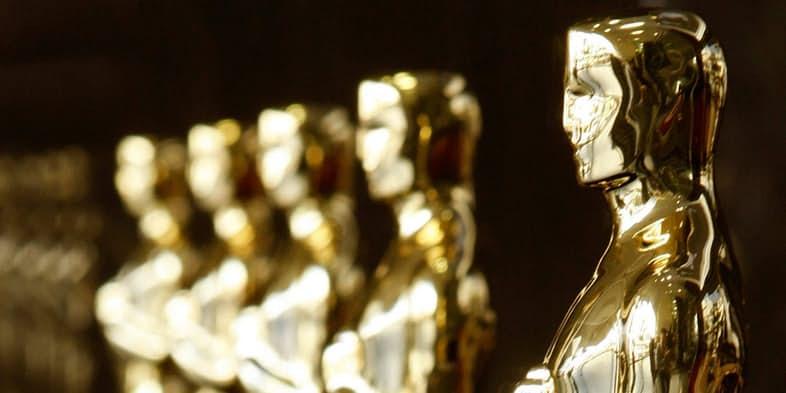 ۲۰۰۰-Oscar-Statues