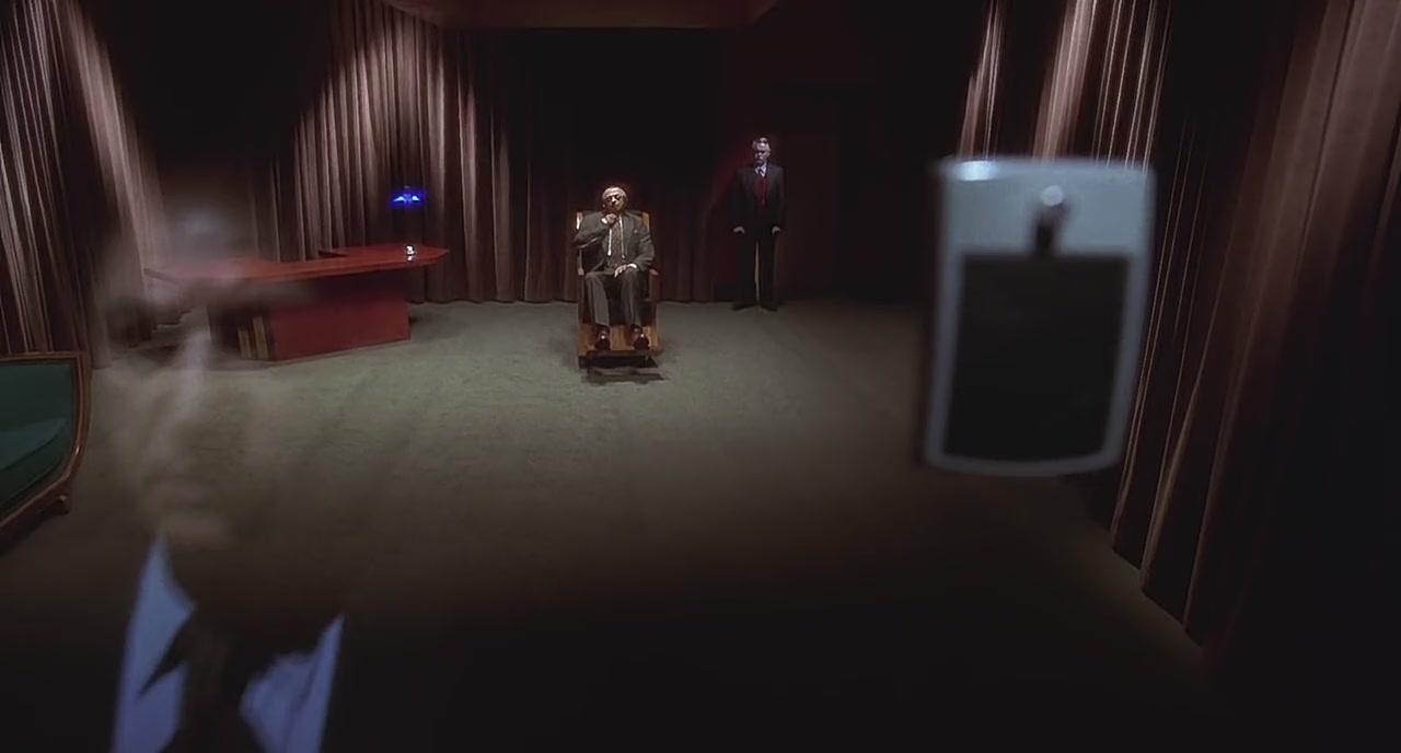 امپراتوری گسستها (قسمت سوم) | نقد فرمالیستی فیلم Mulholland Drive
