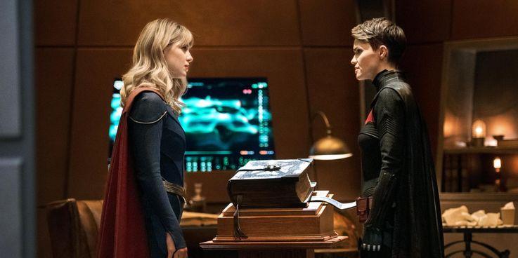 کراساور Batwoman و Superman & Lois