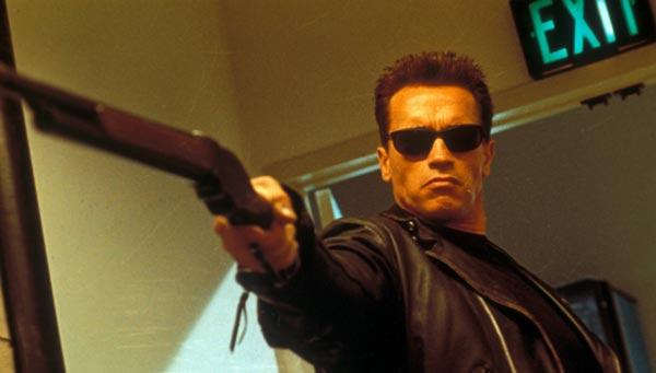 آرنولد شوارتزنگر در فیلم ترمیناتور.