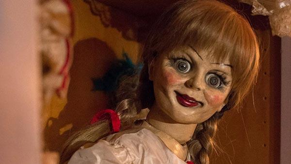 شخصیت عروسکی آنابل.